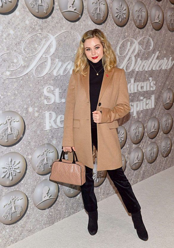 Brec Bassinger - Brooks Brothers Holiday Celebration in West Hollywood
