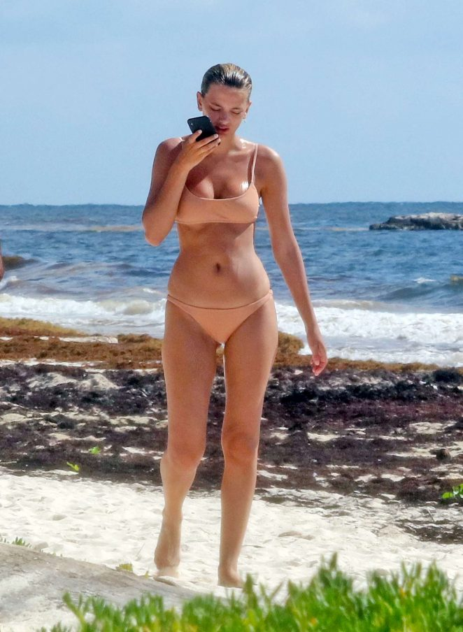 Bregje Heinen in Beige Bikini on the beach in Tulum