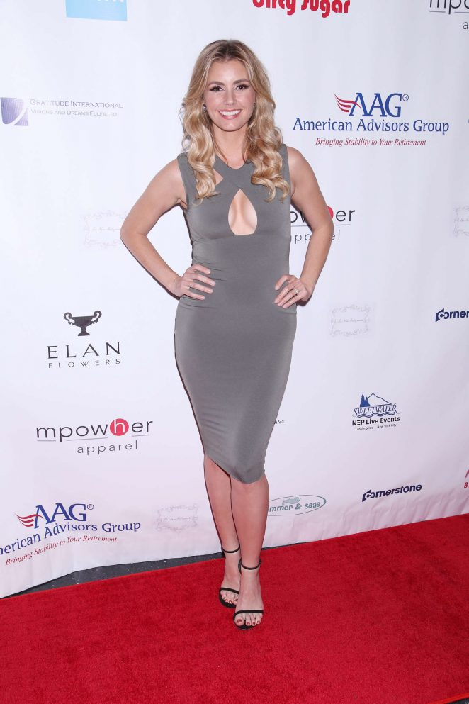 Brianna Brown - Broadway Sniffs Out Cancer Benefit in New York