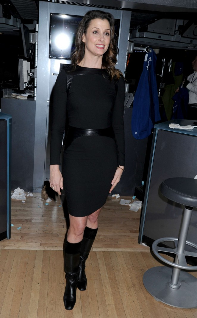 Bridget Moynahan - Closing Bell at the New York Stock Exchange in NYC