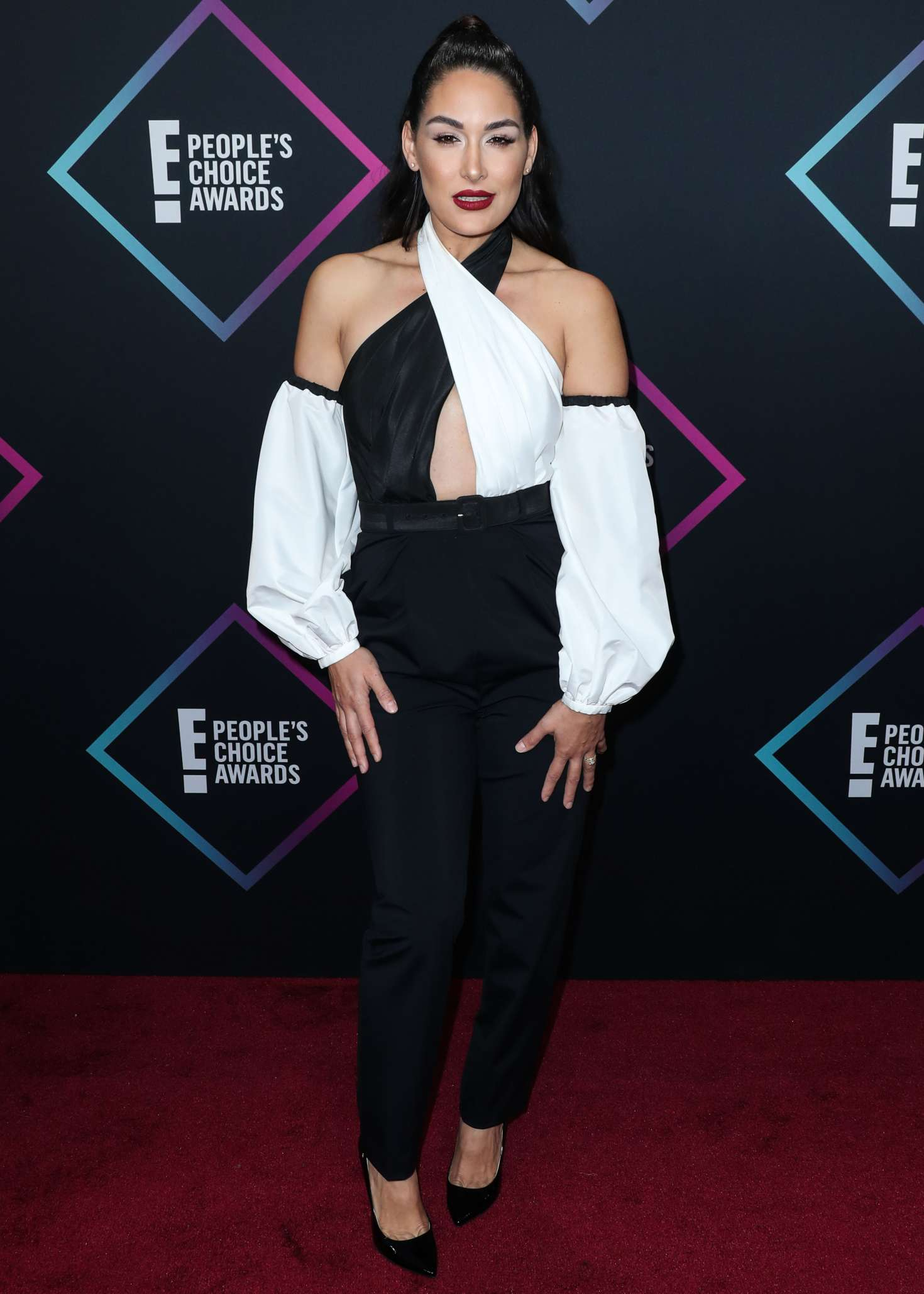 Brie Bella 2018 : Brie and Nikki Bella: Peoples Choice Awards 2018 -14