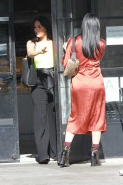 Brie Bella and Nikki Bella - Spotted at Joan's on third in Studio City