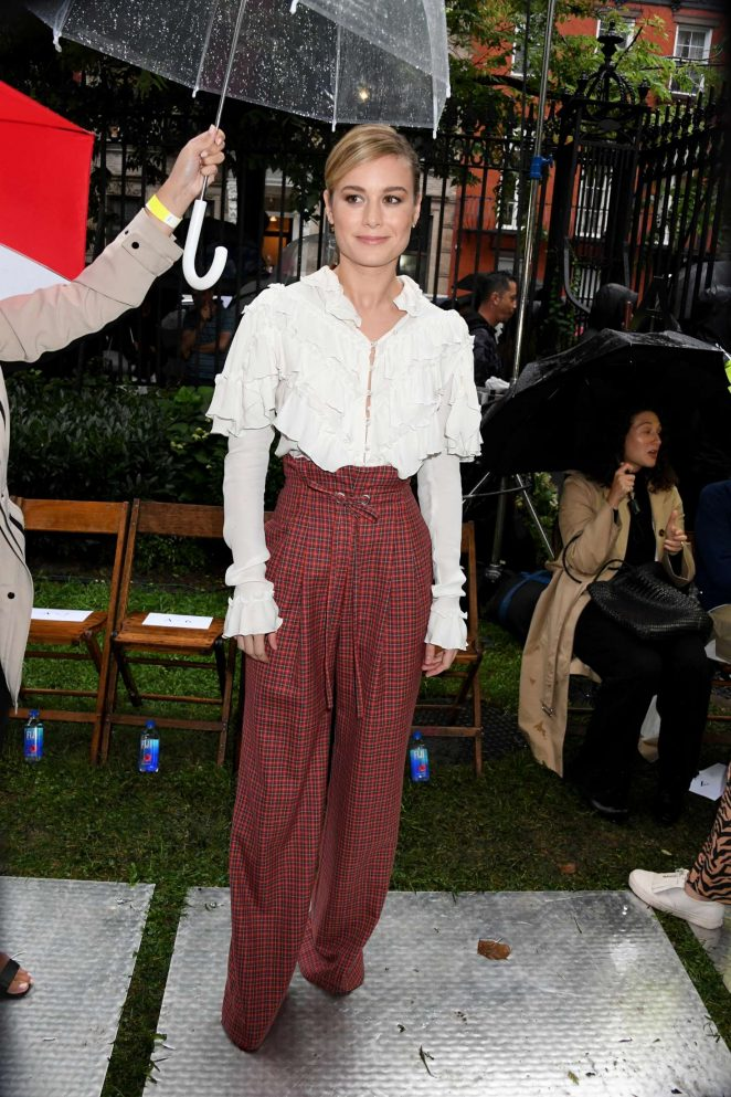 Brie Larson - Arrives at a Fashion Show in New York City