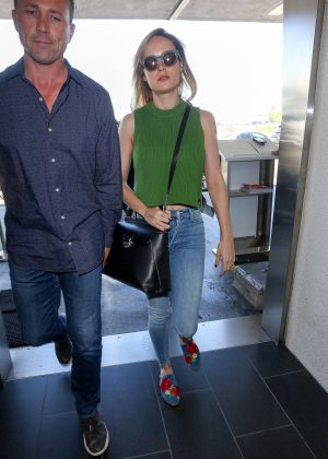 Brie Larson - Arrives at LAX Airport in Los Angeles