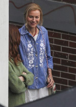 Brie Larson - Filming 'The Glass Castle' in Montreal