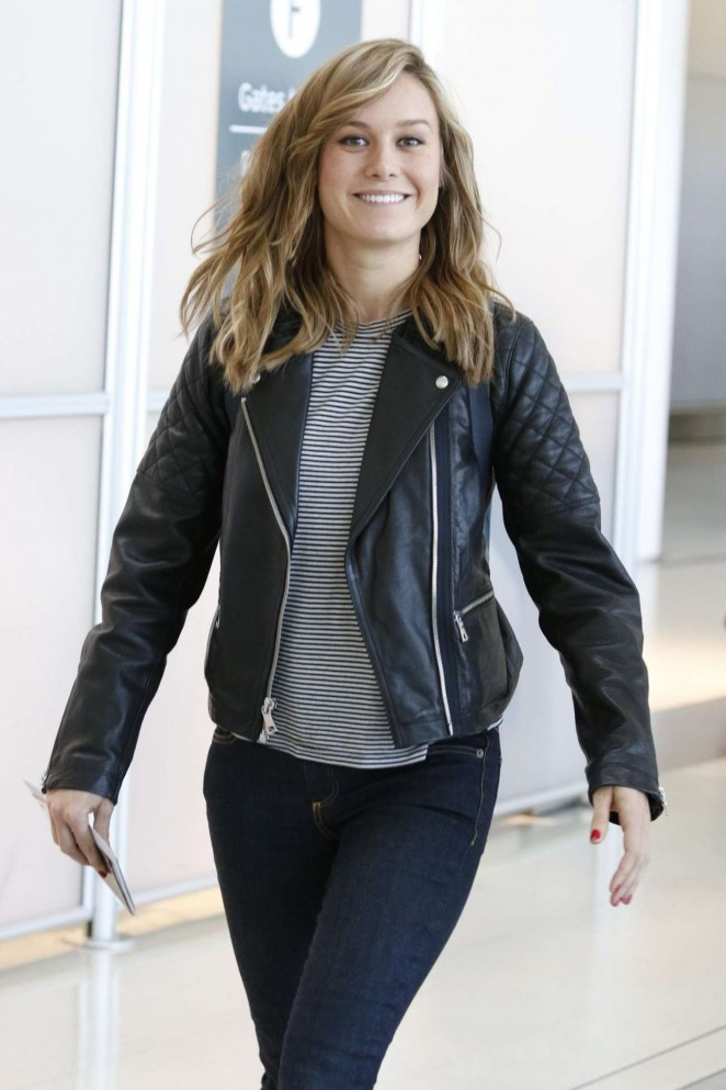 Brie Larson in Jeans at Toronto International Airport