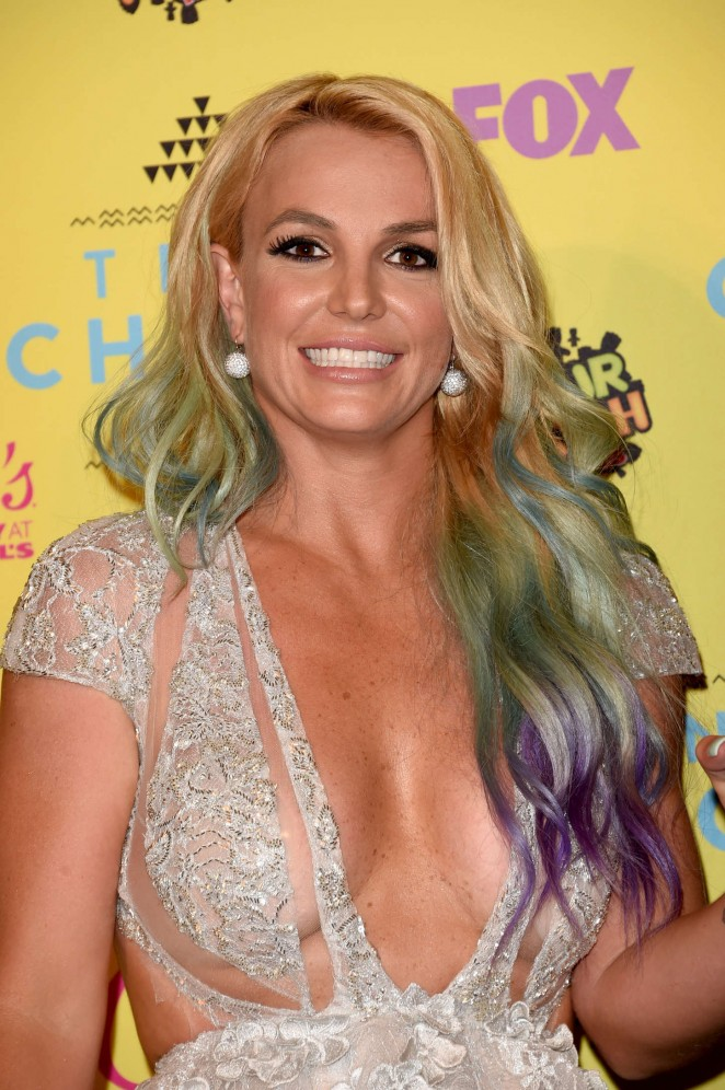 Britney Spears - 2015 Teen Choice Awards in LA