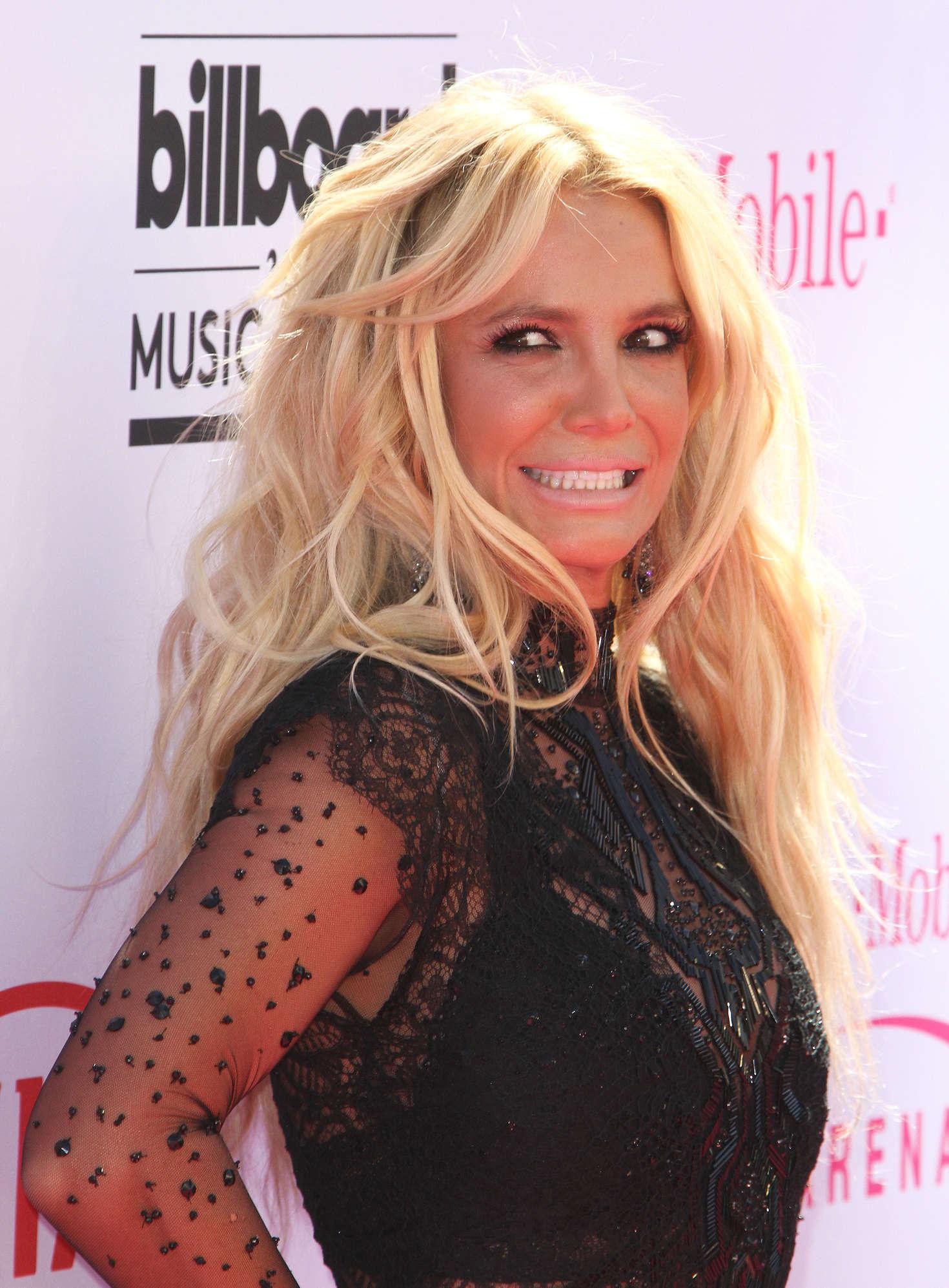 Britney Spears 2016 Billboard Music Awards 02 Gotceleb