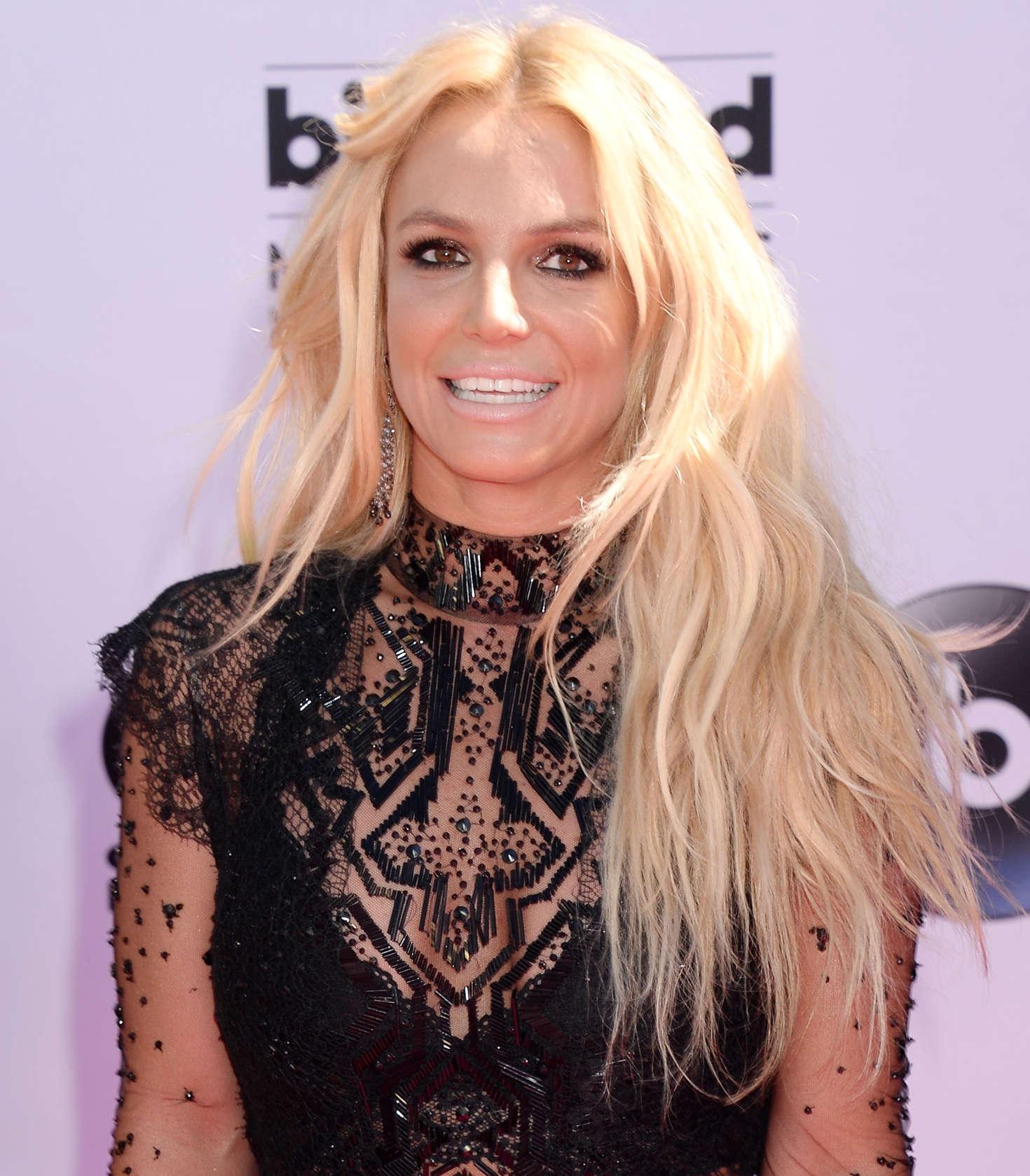 Britney Spears: 2016 B...