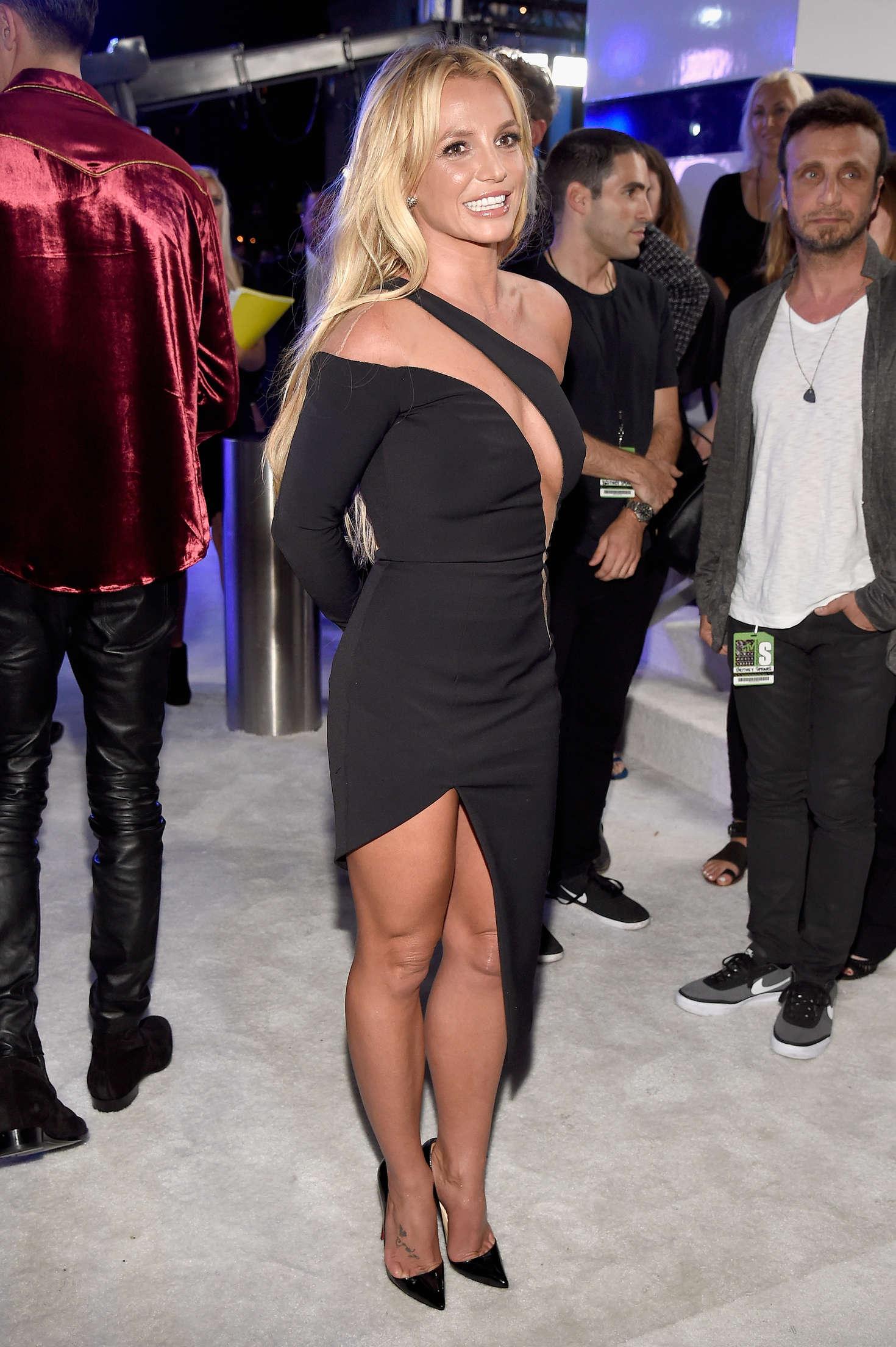 Britney Spears: 2016 MTV Video Music Awards -10 - GotCeleb
