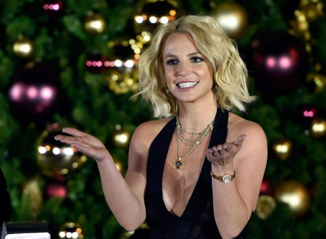 Britney Spears: Christmas Tree Lighting Ceremony LINQ Promenade -03