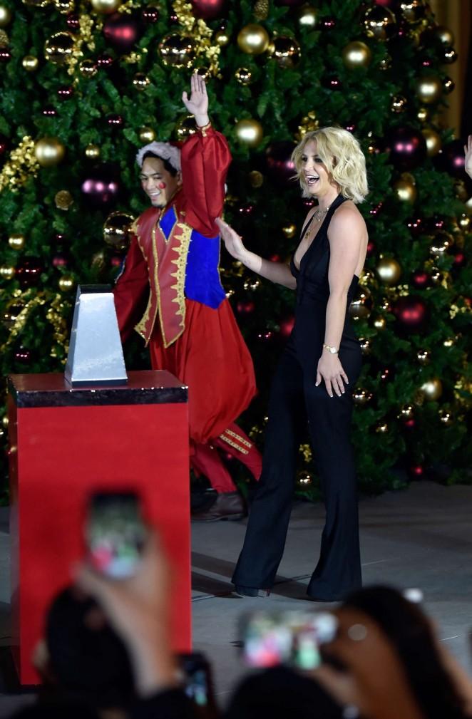Britney Spears: Christmas Tree Lighting Ceremony LINQ Promenade -05
