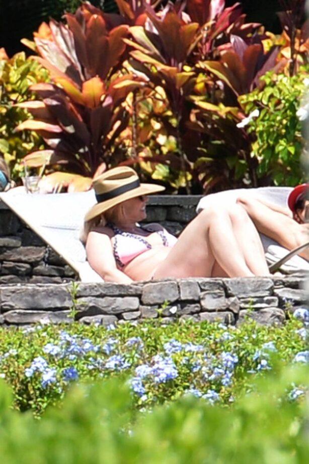 Britney Spears - in a Bikini in Hawaii