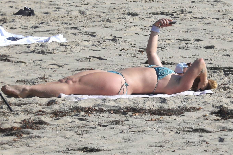 Uncategorized 2020 : Britney Spears – In Bikini at a Beach in Malibu-29