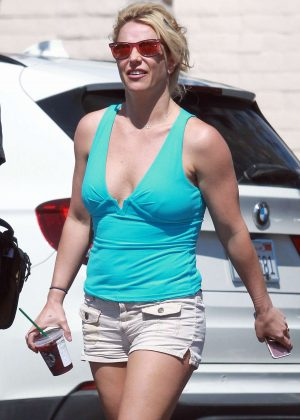 Britney Spears in Shorts - Heads to dentist in LA