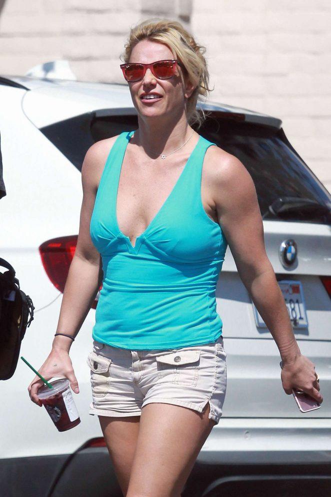 Britney Spears in Shorts - Heads to dentist in LA