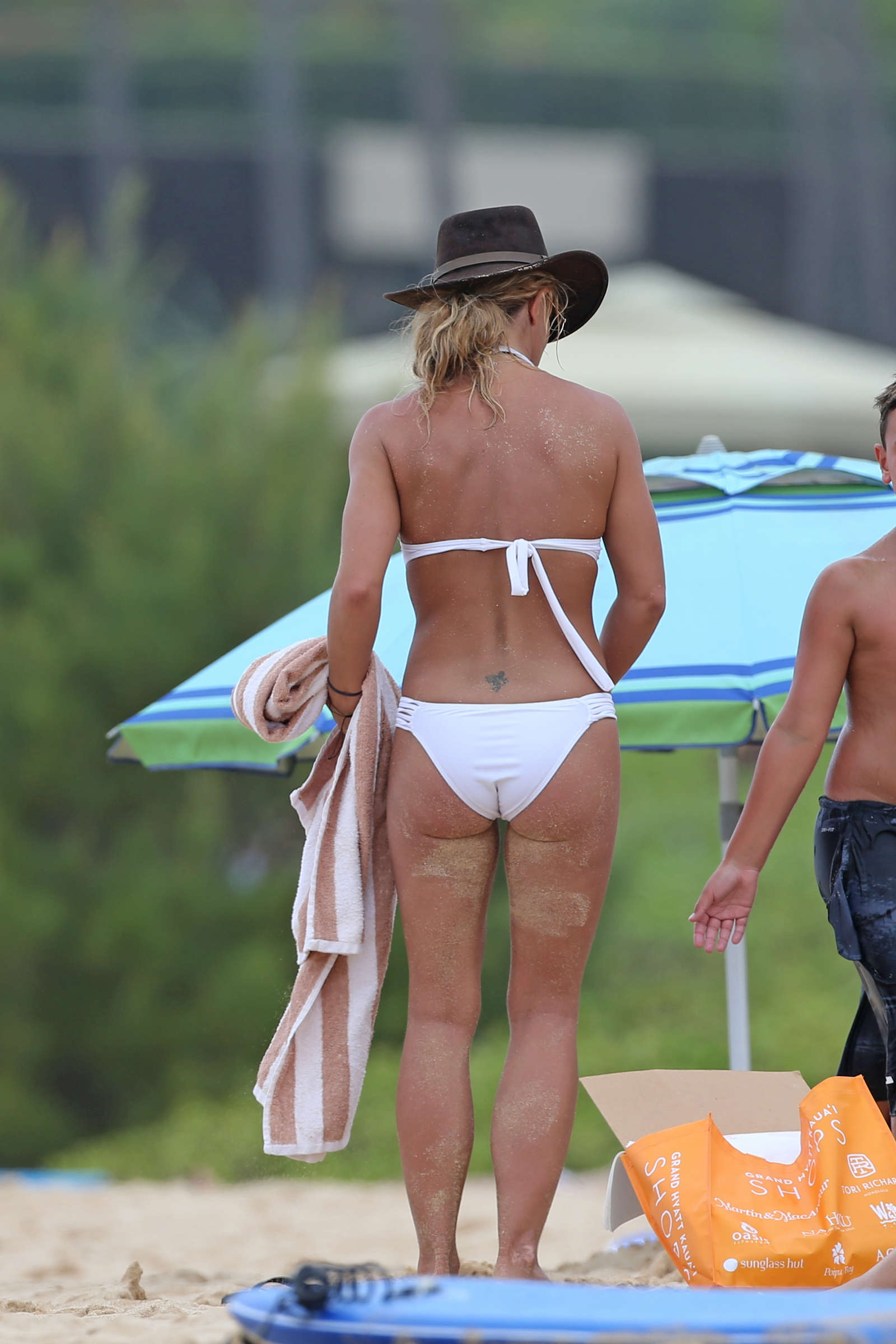 Congratulate, Britney spears thong very