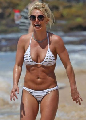 Britney Spears in White Bikini on the beach in Hawaii