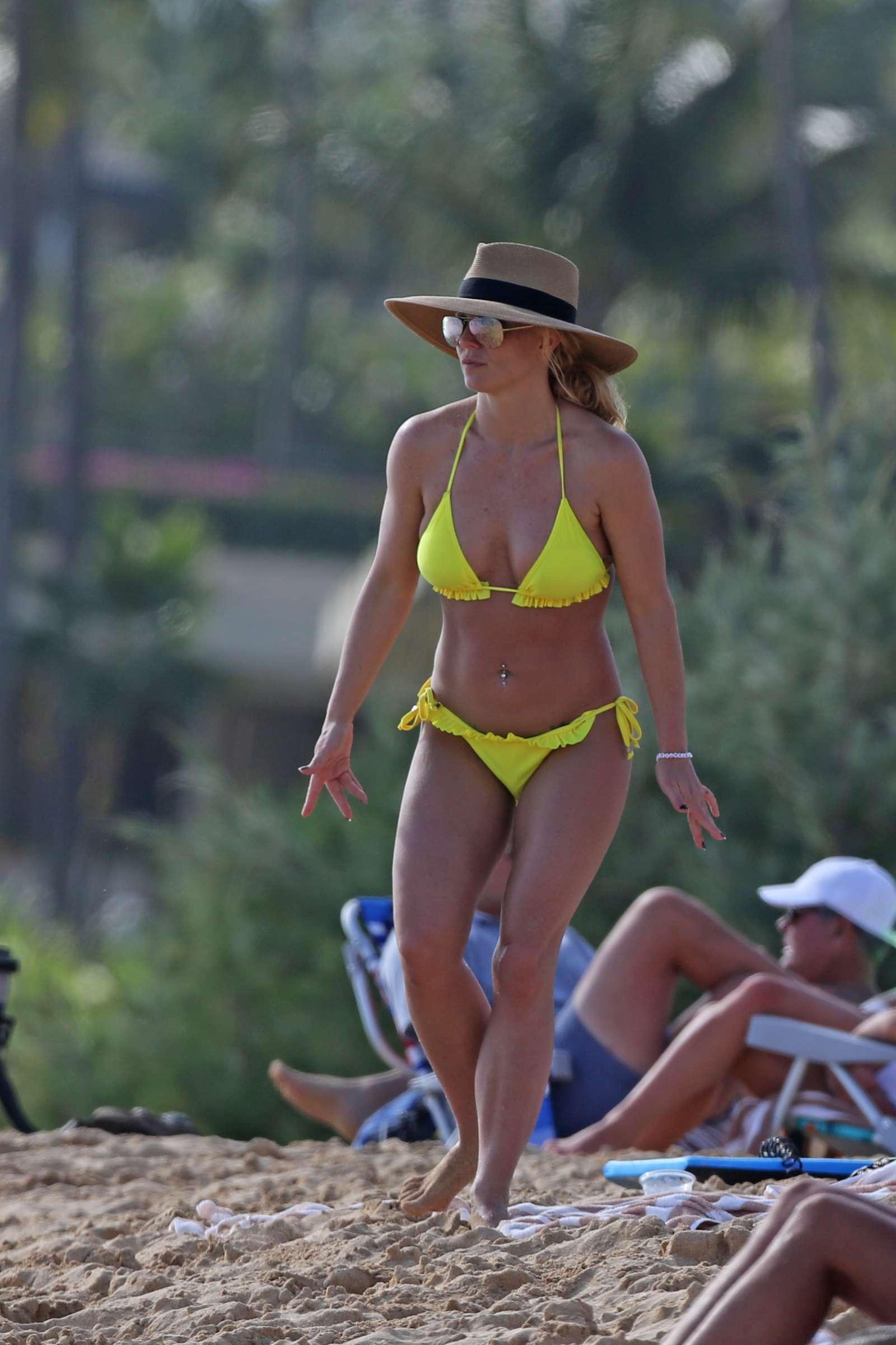 Britney Spears in Yellow Bikini on the beach in Hawaii