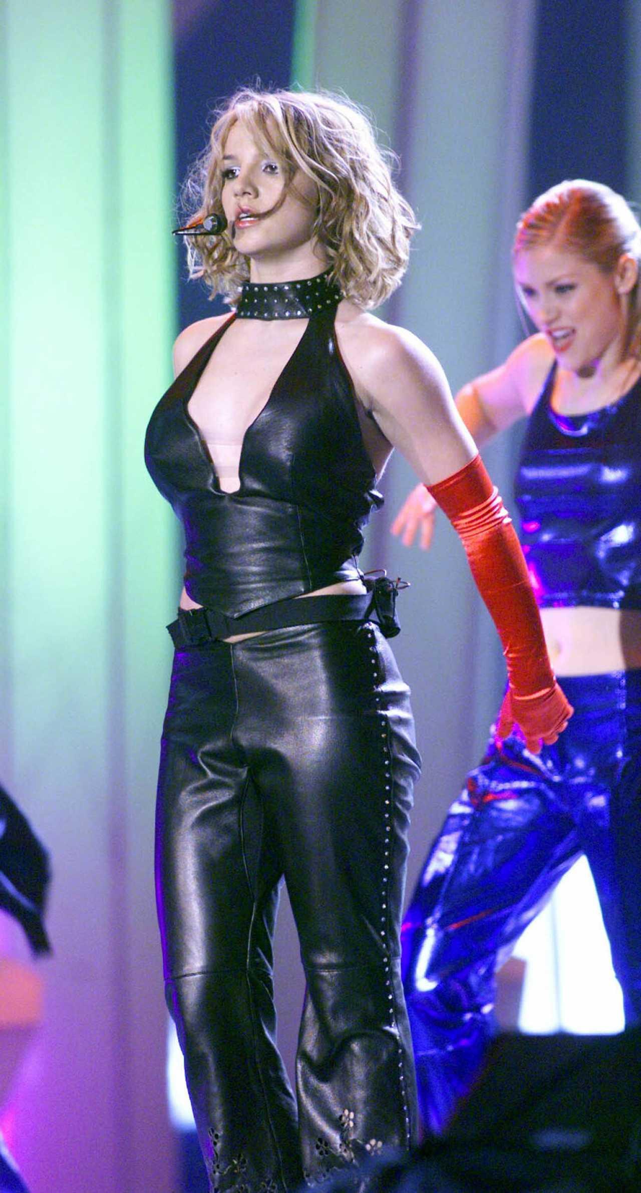 Celebrity Fashionista | Britney Spears: Instagram May 24