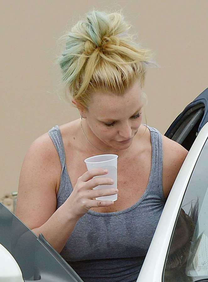 Britney Spears in Tiny Shorts -01