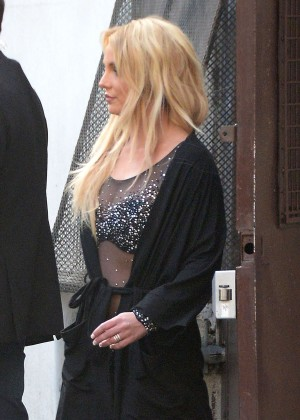 Britney Spears - Leaving a studio in Los Angeles