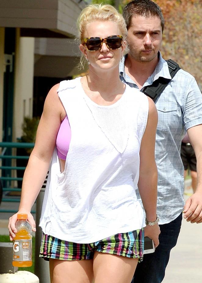 Britney Spears - Leaving the gym in Westlake Village
