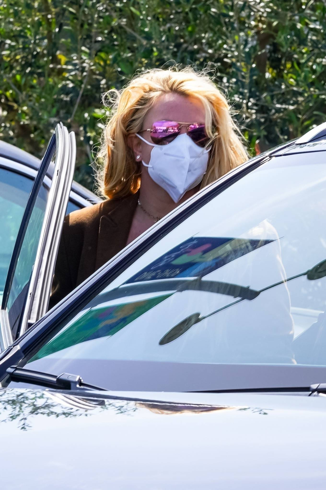 Britney Spears 2021 : Britney Spears – Out for shopping -08