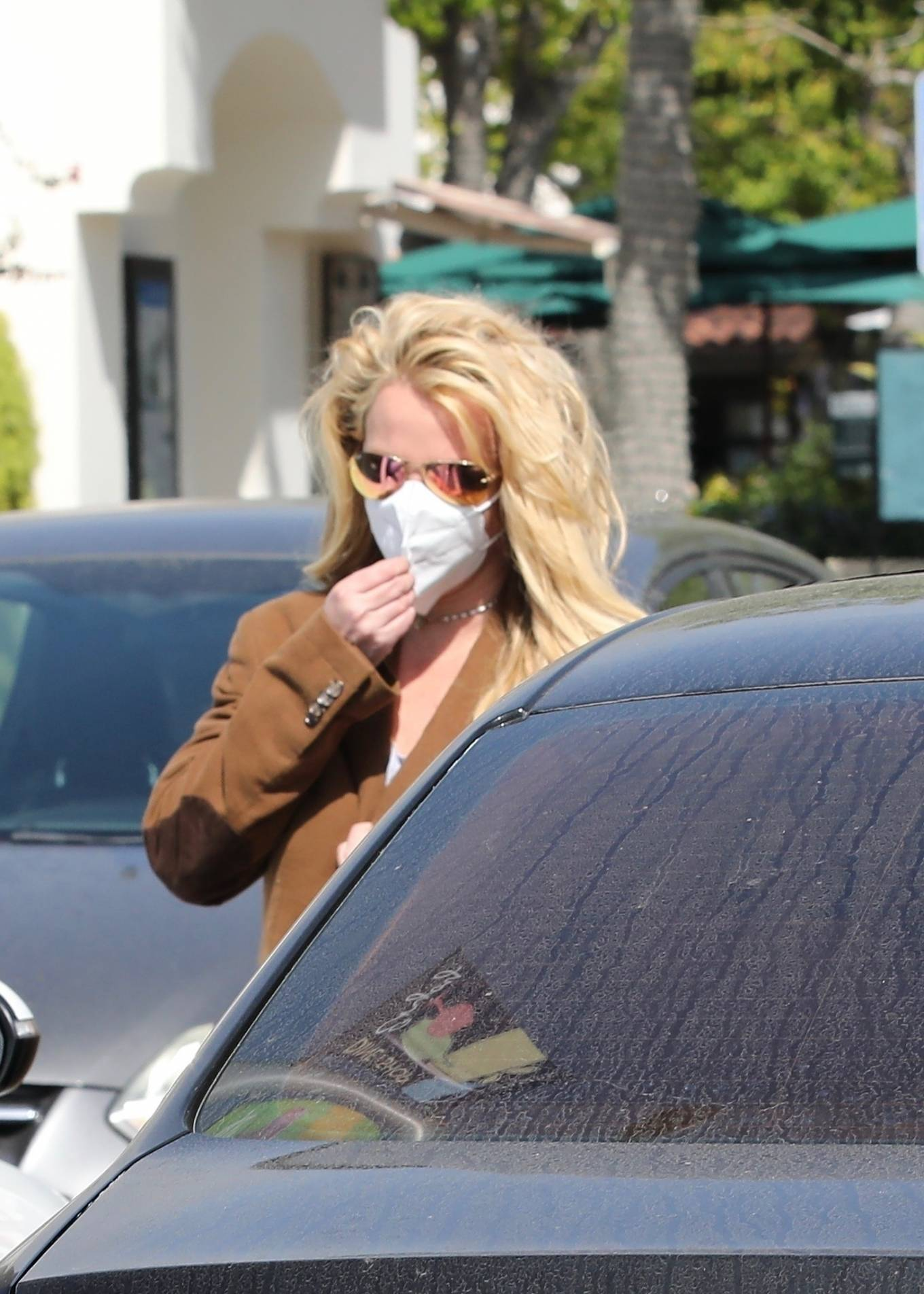Britney Spears 2021 : Britney Spears – Out for shopping -15