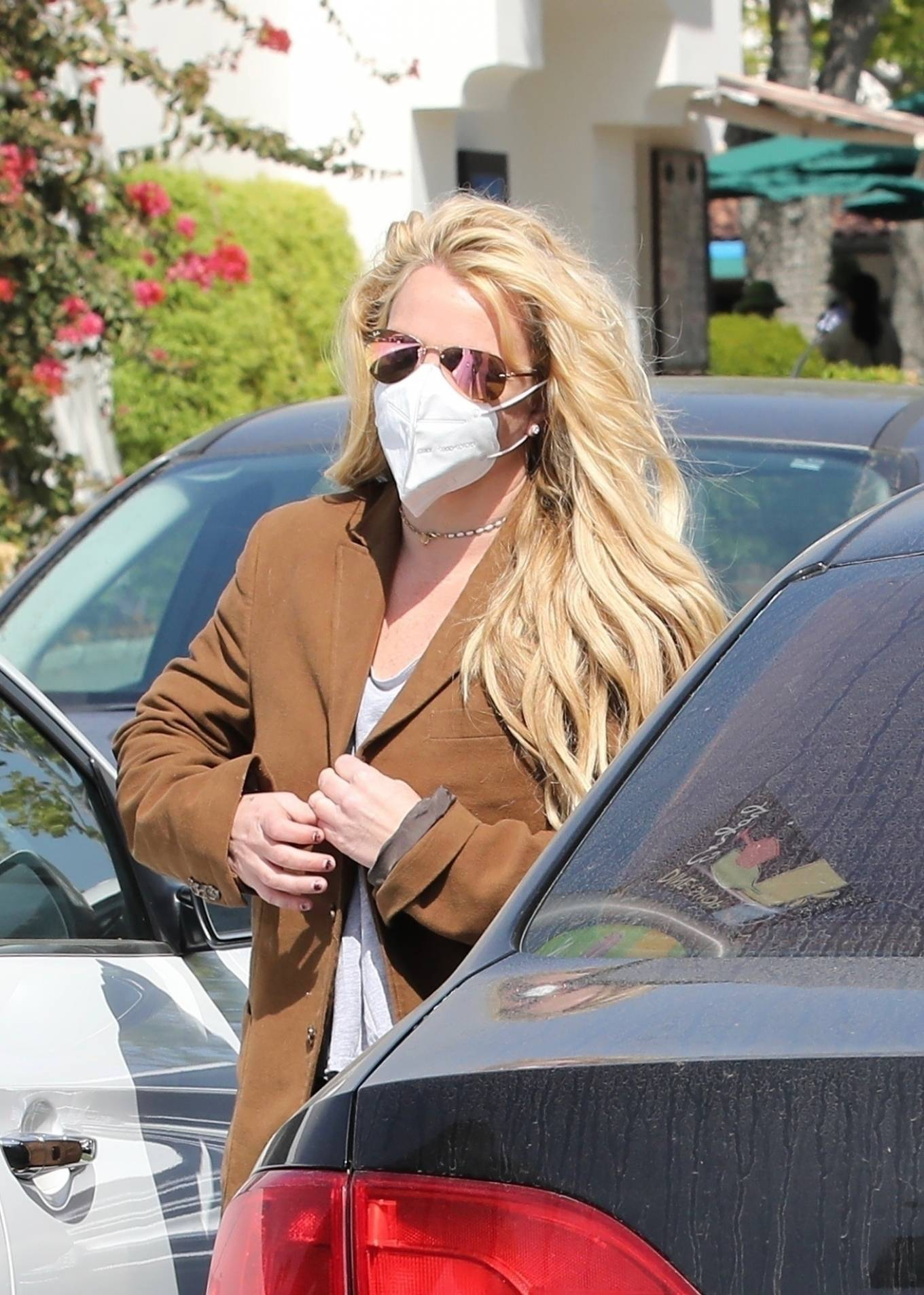 Britney Spears 2021 : Britney Spears – Out for shopping -20
