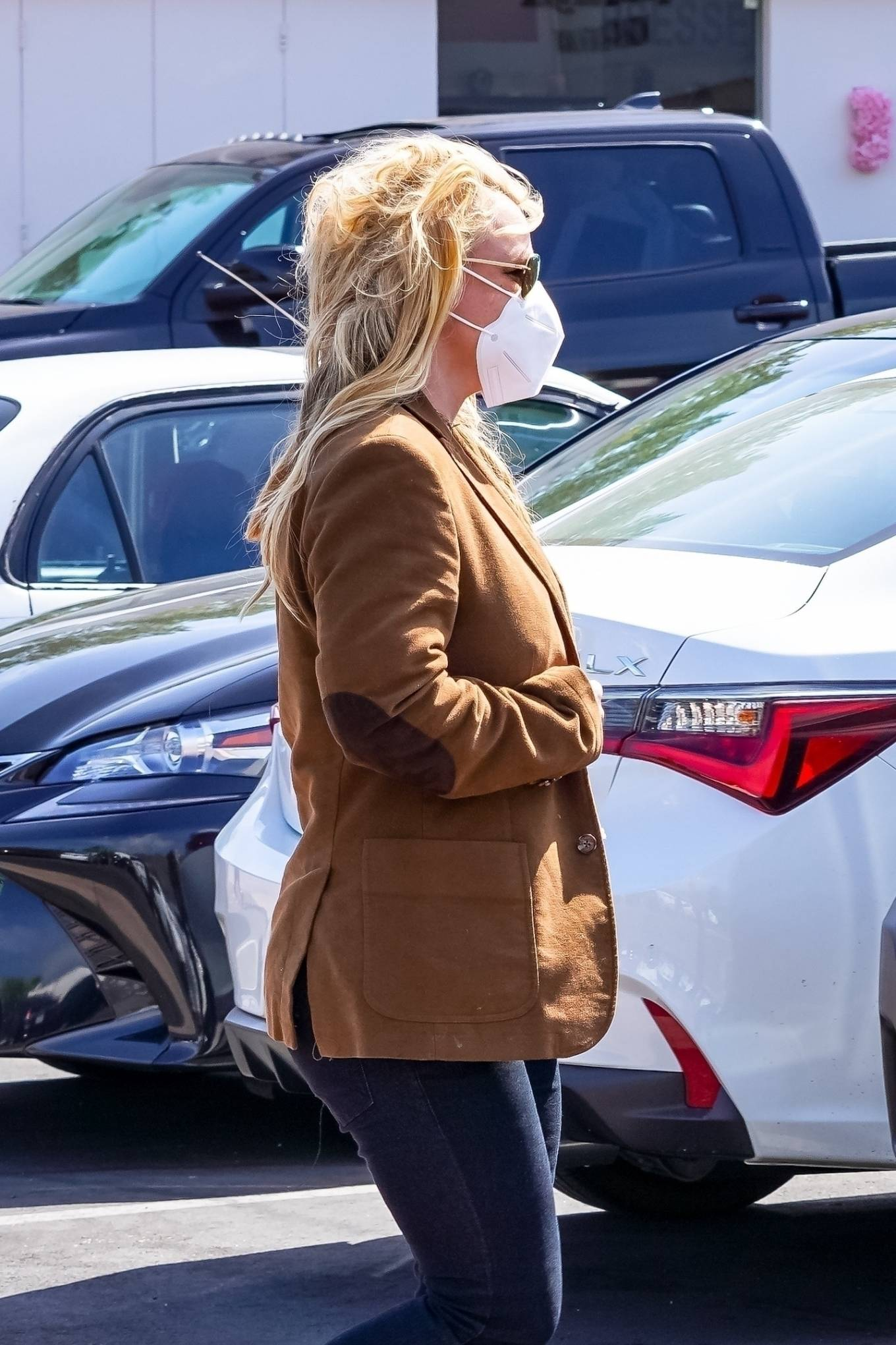 Britney Spears 2021 : Britney Spears – Out for shopping -21