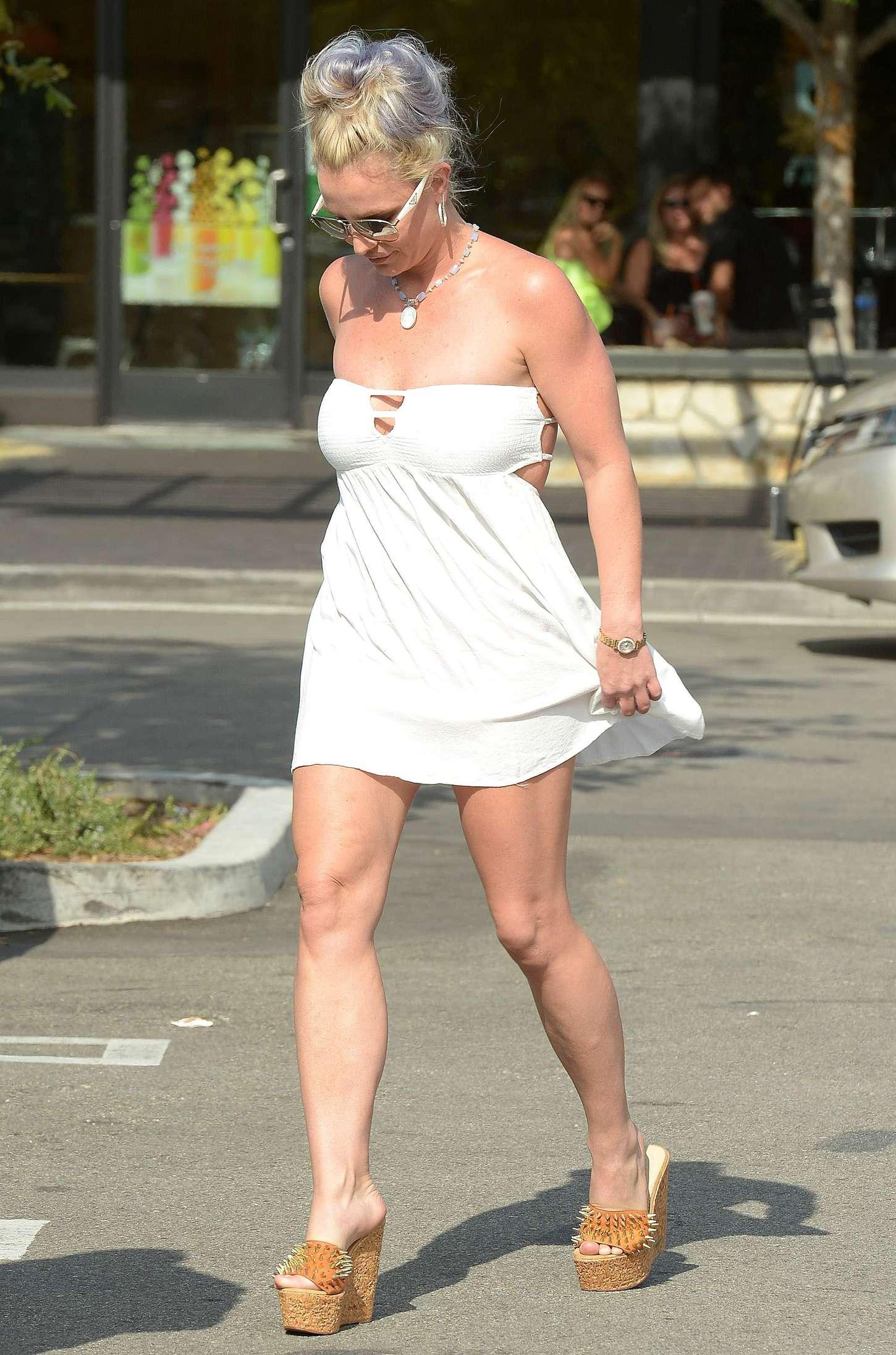 Britney Spears 2015 : Britney Spears in Short Dress -29