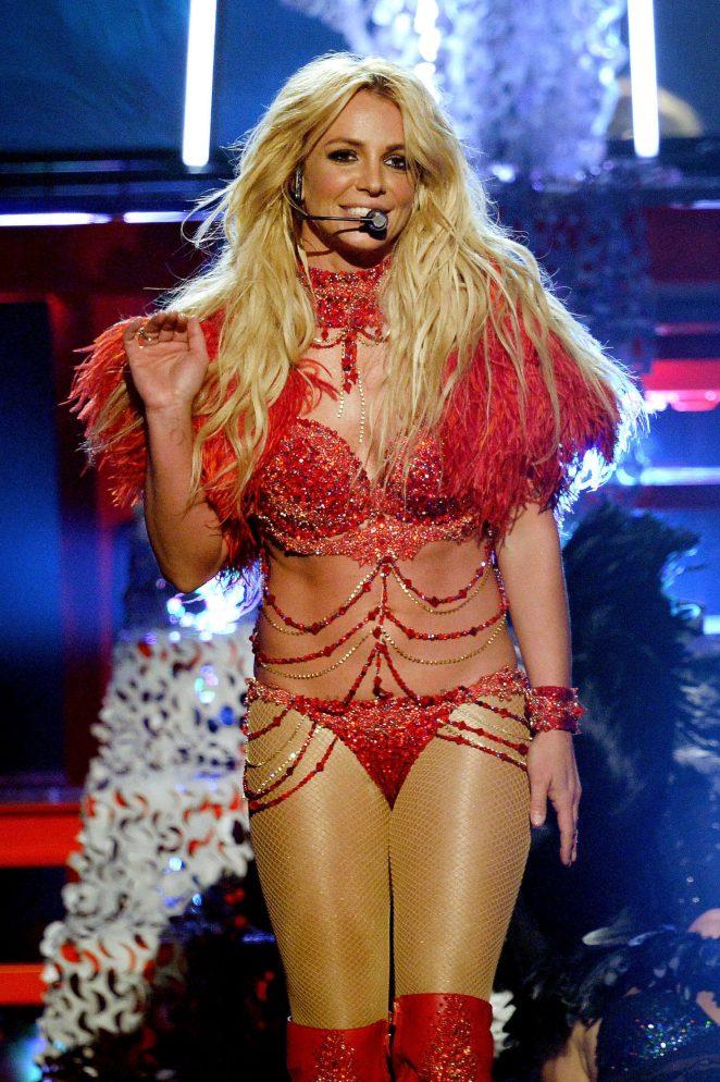 Britney Spears - Performance at 2016 Billboard Music Awards in Las Vegas