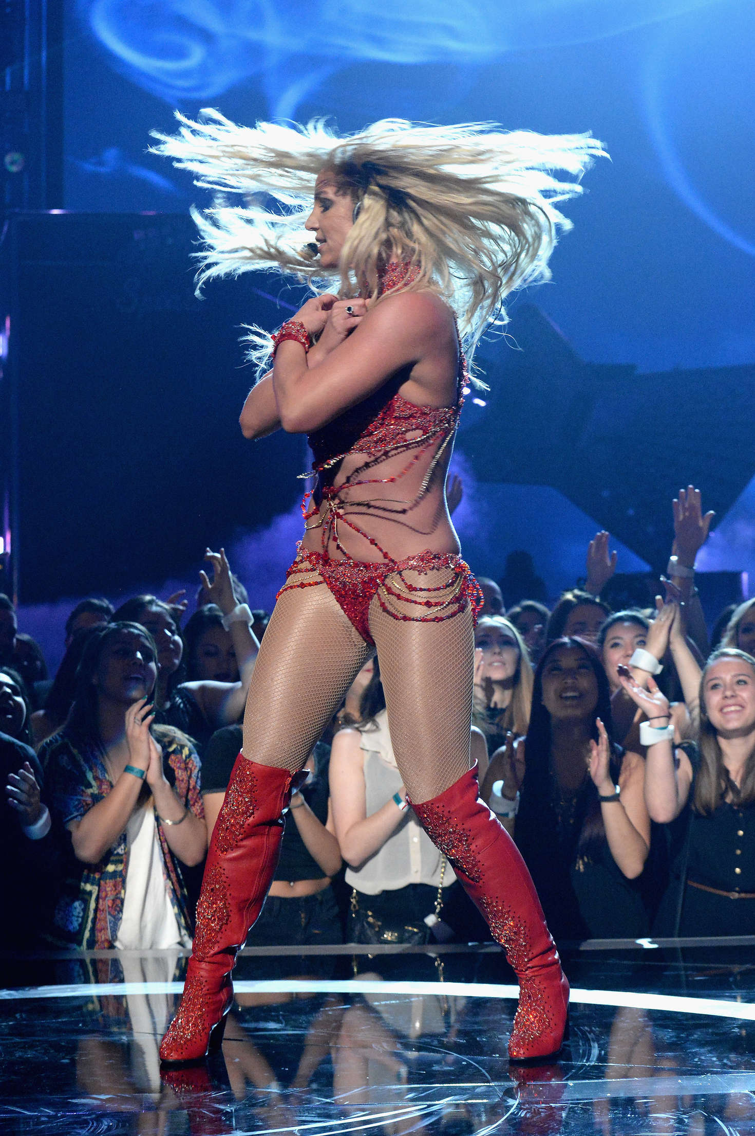 Britney Spears: Performance at 2016 Billboard Music Awards ... Britney Spears Vegas 2017