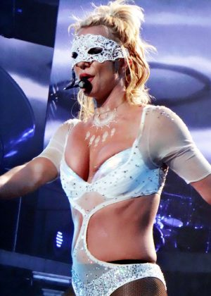 Britney Spears - Performing at her 'Piece of Me' in Las Vegas