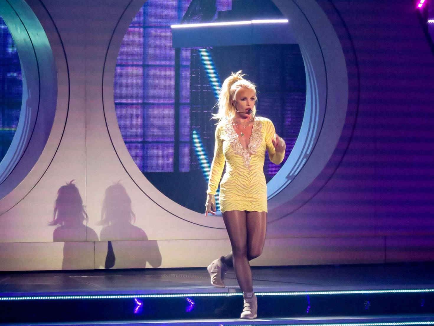 Britney Spears: Performing in Las Vegas -15 - GotCeleb Britney Spears Las Vegas