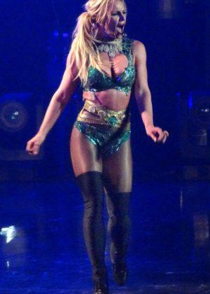 Britney Spears - Performs at Planet Hollywood Resort in Las Vegas
