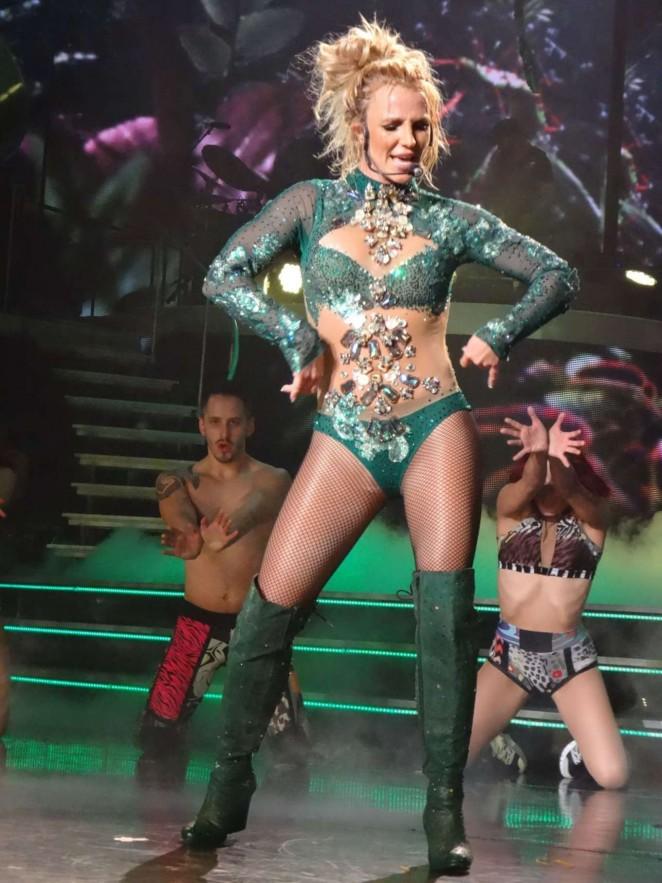 Britney-Spears:-Performs-in-Las-Vegas--0