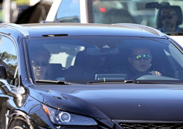 Britney Spears - With boyfriend Sam Asghari goes in the back seat