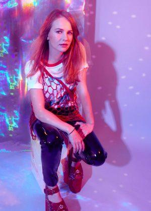 Britt Robertson by Ashley Batz for Bustle (May 2017)
