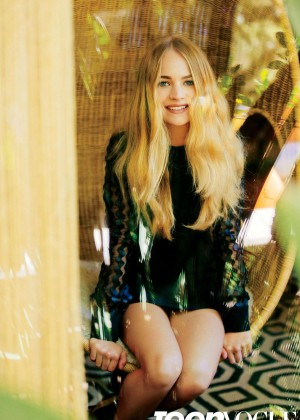 Britt Robertson - Teen Vogue Magazine (September 2015)