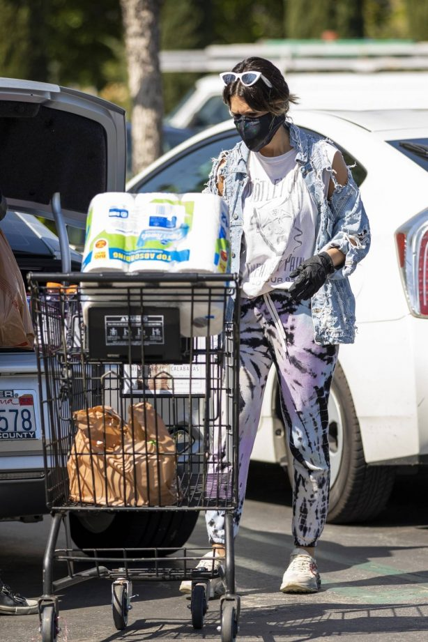 Brittany Furlan - Stocking up on groceries during the COVID-19 Pandemic in Calabasas