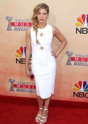 Brittany Snow : 2015 iHeartRadio Music Awards -06