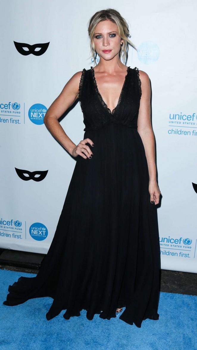 Brittany Snow: 2015 UNICEF Black and White Masquerade Ball -05