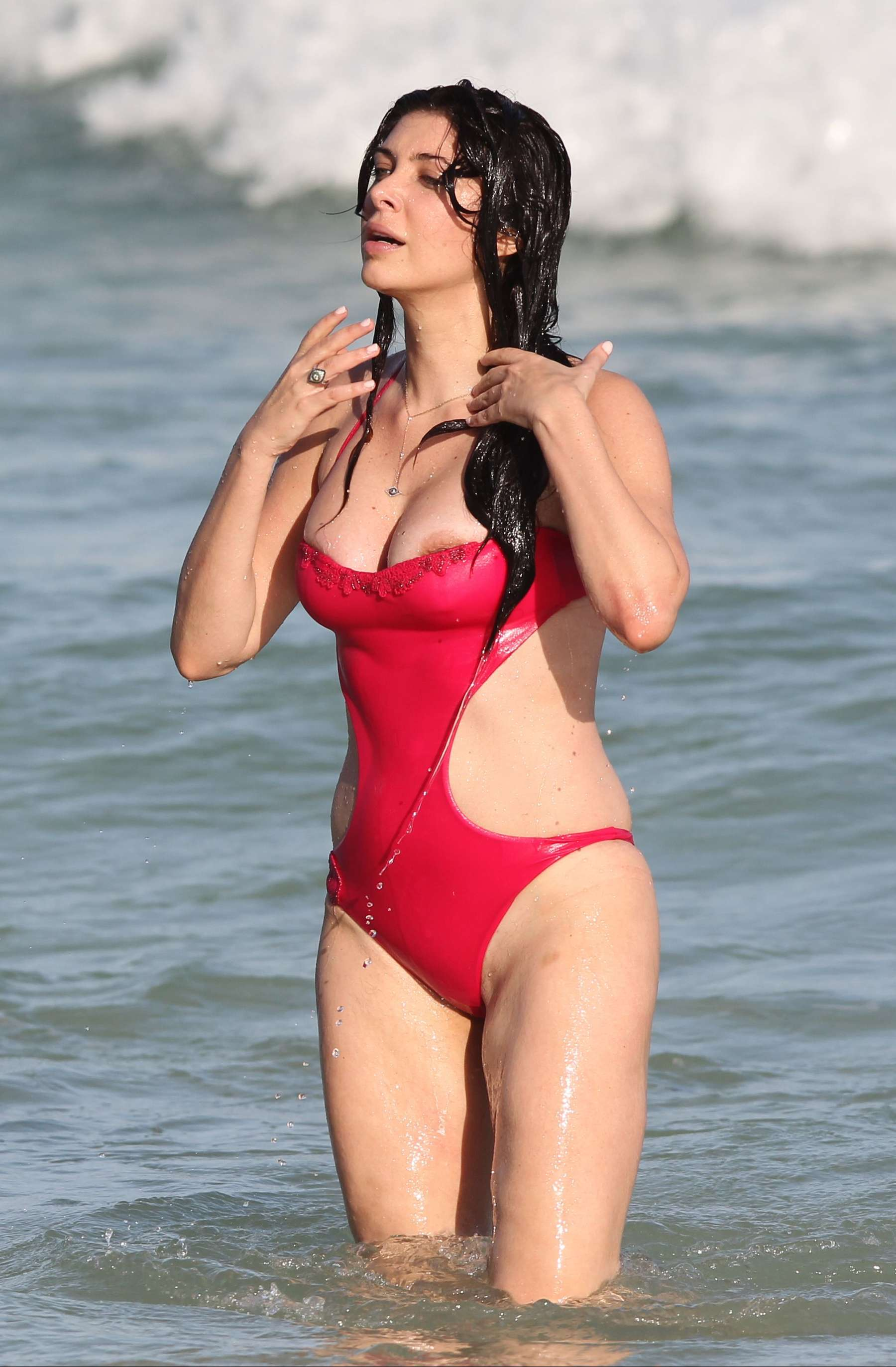 Brittny Gastineau In Red Swimsuit 33 Gotceleb