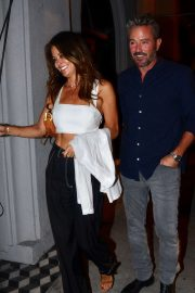 Brooke Burke - Arrives at Craig's with her new man in West Hollywood