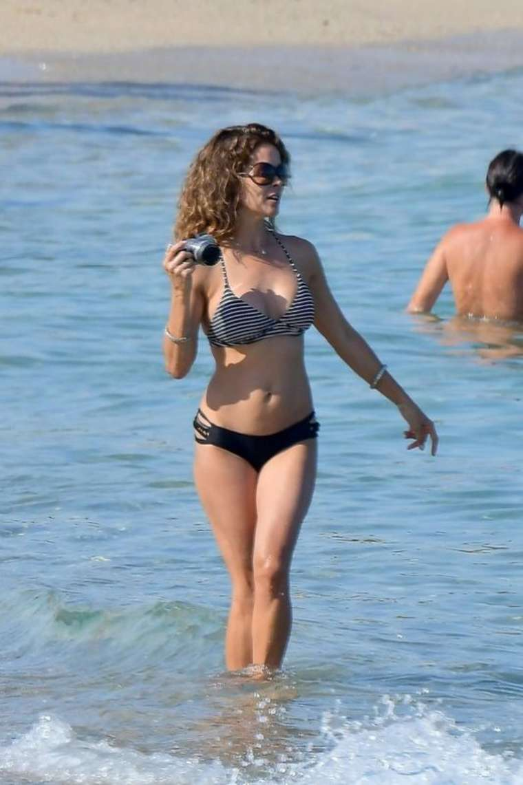 Brooke burke bikini pics st tropez nudes (22 photos), Bikini Celebrity picture