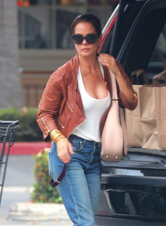 Brooke Burke in Jeans Shopping in Malibu