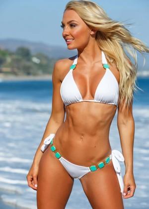 Brooke Evers - Fitness Gurls Australia (May/June 2016)