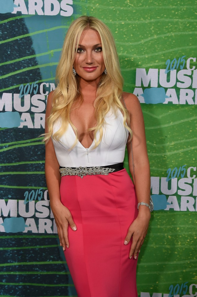 Brooke Hogan: 2015 CMT Music Awards -05